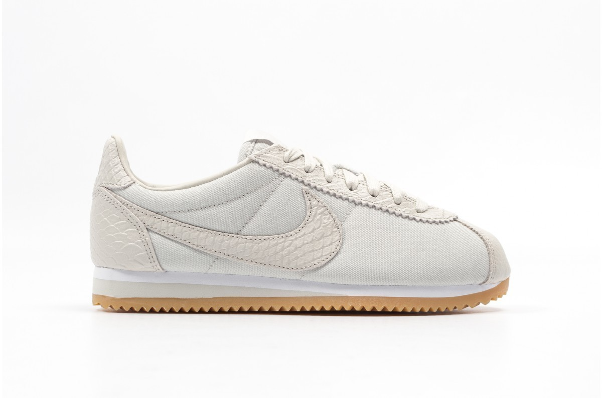Nike Mujer Classic Cortez SE Blancas 902856-002