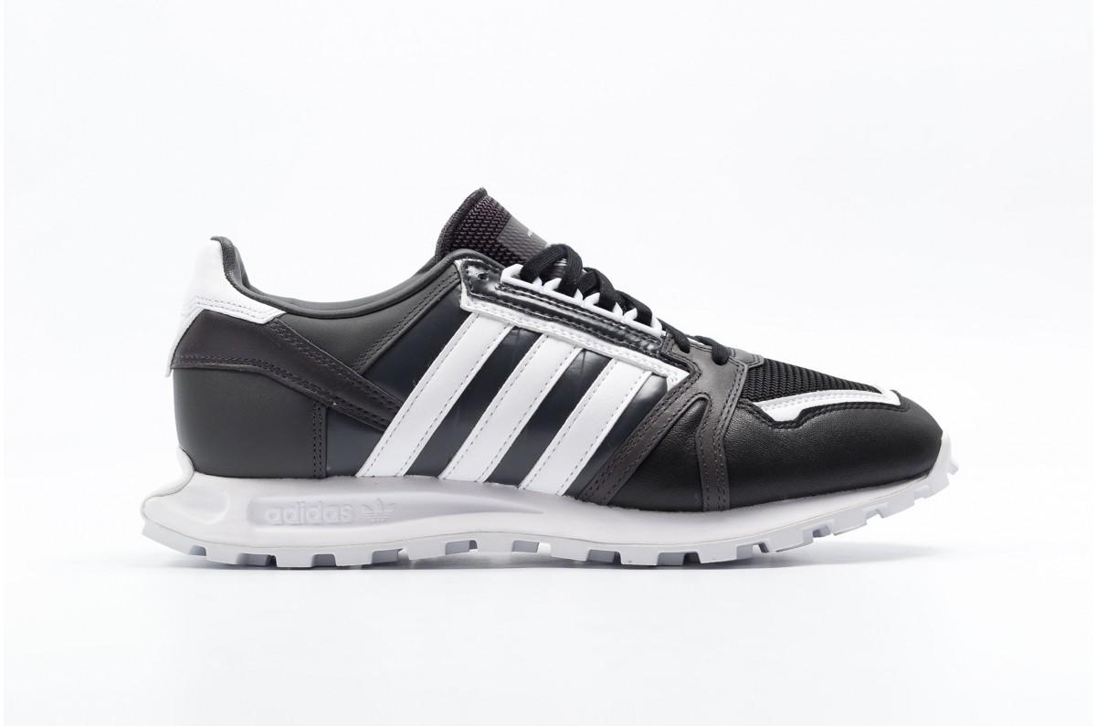 Adidas Originals x white Mountaineering Racing 1 Hombre Negras S81910