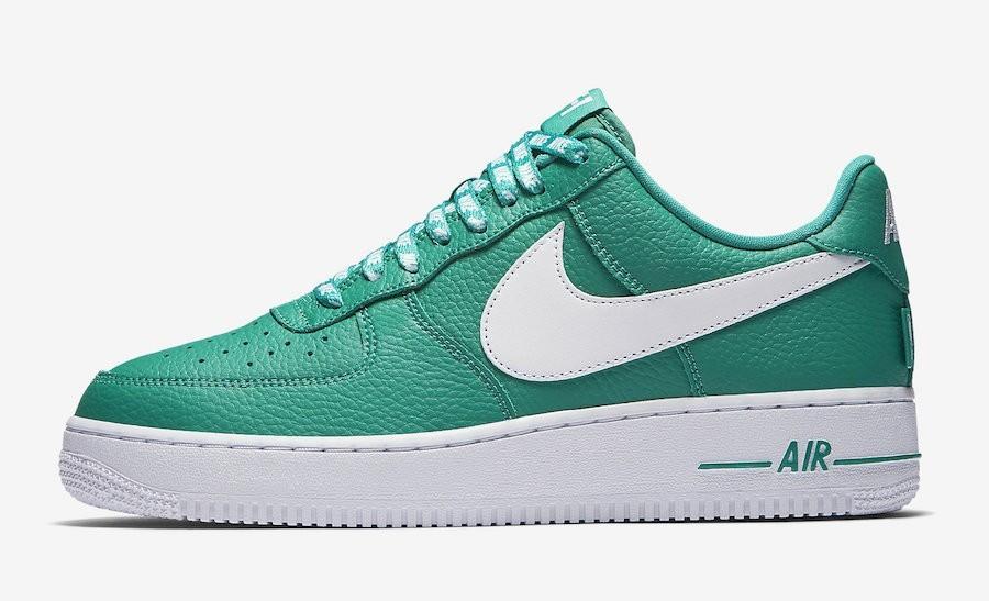 Nike Air Force 1 07 LV8 NBA Pack Hombre Low Estilo de vida Zapatilla 823511-302